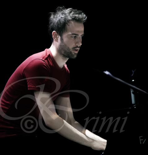 Giovanni Guidi Unknown Rebel Band, Auditorium Roma, nov. 2010 - by Riccardo Crimi