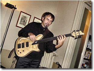 Vito Di Modungo - Basso Elettrico
