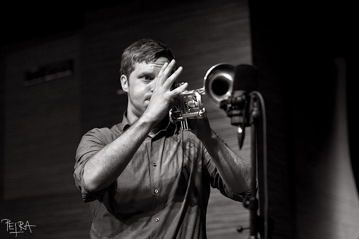 Trumpet and Drums feat. Peter Evans, Nate Wooley, Jim Black, Paul Lytton