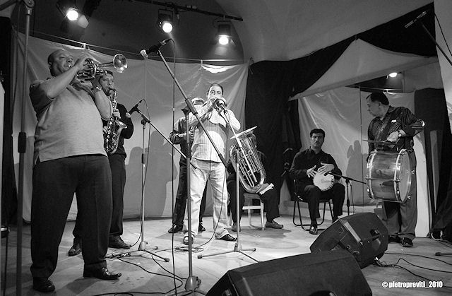 King Naat Veliov & The Original Kocani Orkestar