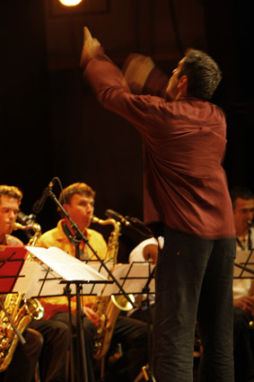 Uni Big Band Universitaire Du Maine Francia