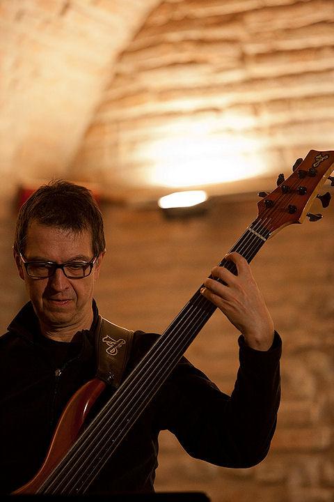 Fahir Atakoglu Trio - Bologna Jazz Festival 2011 (Sergio Cimmino)